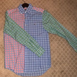Awesome Vineyard vines slim fit button down